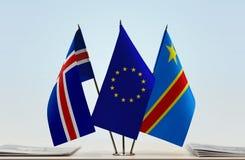 Banderas de UE y del Manual del Transportista de República Democrática del Congo, DROC, Congo-Kinshasa de Islandia foto de archivo