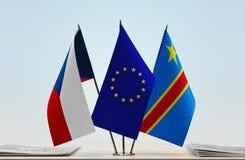 Banderas de UE y del Manual del Transportista de República Democrática del Congo, DROC, Congo-Kinshasa de la República Checa fotos de archivo