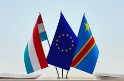 Banderas de UE y del Manual del Transportista de República Democrática del Congo, DROC, Congo-Kinshasa de Luxemburgo imágenes de archivo libres de regalías