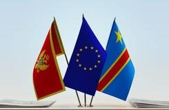 Banderas de UE y del Manual del Transportista de República Democrática del Congo, DROC, Congo-Kinshasa de Montenegro imagen de archivo