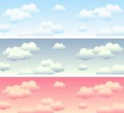 Banderas del cielo nublado