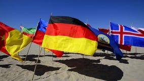 Banderas del mundo almacen de metraje de vídeo