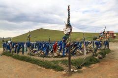 Banderas del rezo en Mongolia Fotos de archivo libres de regalías