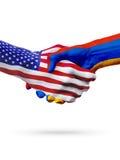Banderas Estados Unidos y Armenia, países, apretón de manos de la sociedad Fotos de archivo libres de regalías