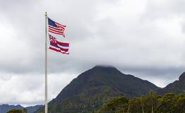 Banderas hawaianas y americanas Imagen de archivo libre de regalías