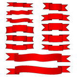 Banderas rojas fijadas Imagenes de archivo