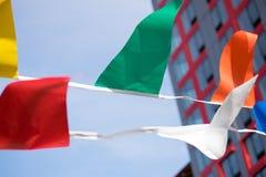 Banderines que agitan en el viento Fotografía de archivo libre de regalías