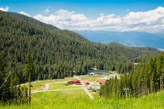 Banderishka Polyana à la station de vacances de Bansko, Bulgarie dedans Photos stock