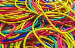 Bandes élastiques multicolores pour l'argent images libres de droits