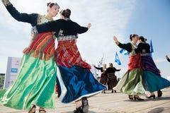 Bandes de danse balkaniques Photographie stock