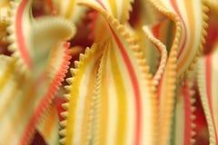 Bandes dentelées des rubans de pâtes Images stock