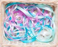 Bandes multicolores de cadeau Image stock