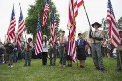 Bandiera all'evento solenne 2014 di Memorial Day, cimitero nazionale di Los Angeles, California, U.S.A. degli Stati Uniti dell'es Fotografie Stock