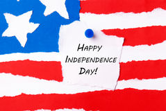 Bandiera americana con la festa dell'indipendenza felice Immagini Stock Libere da Diritti