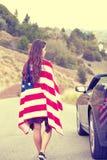 Bandiera americana d'uso della donna Fotografie Stock Libere da Diritti