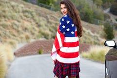 Bandiera americana d'uso della donna Fotografia Stock Libera da Diritti