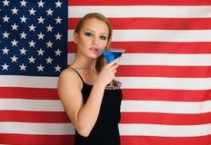 Bandiera americana e cocktail fotografia stock
