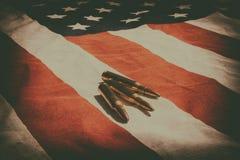 Bandiera americana e pallottole Fotografia Stock Libera da Diritti