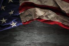 Bandiera americana rossa, bianca e blu d'annata Immagini Stock