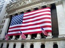 Bandiera americana su NYSE Fotografia Stock Libera da Diritti