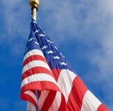Bandiera americana sul palo Fotografia Stock