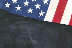 Bandiera americana sulla lavagna Immagini Stock Libere da Diritti