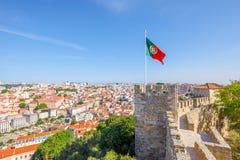 Bandiera del castello di Lisbona Fotografie Stock Libere da Diritti