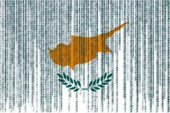 Bandiera del Cipro di protezione dei dati Bandiera del Cipro con il codice binario Fotografie Stock Libere da Diritti