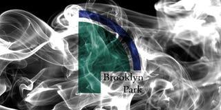 Bandiera del fumo della città di Brooklyn Park, stato del Minnesota, Stati Uniti di Immagine Stock