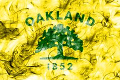 Bandiera del fumo della città di Oakland, stato di California, Stati Uniti di Amer Immagini Stock Libere da Diritti