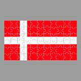 Bandiera del puzzle della Danimarca su fondo grigio illustrazione di stock