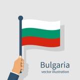 Bandiera della Bulgaria che tiene uomo disponibile illustrazione di stock