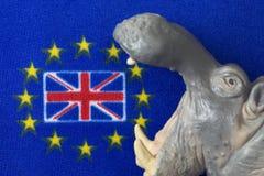 Bandiera della Gran Bretagna, bocca della figurina dell'ippopotamo Immagine Stock