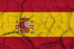 Bandiera della Spagna sul fondo incrinato di struttura Fotografia Stock