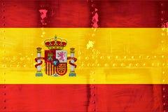 Bandiera della Spagna sul fondo metallico di struttura Immagini Stock Libere da Diritti