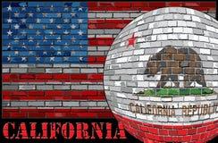 Bandiera di California sui precedenti della bandiera di U.S.A. Fotografia Stock