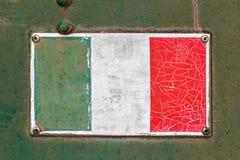 Bandiera di Italan sul vecchio piatto Fotografia Stock Libera da Diritti
