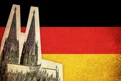 Bandiera di lerciume della Germania con il monumento Fotografie Stock Libere da Diritti