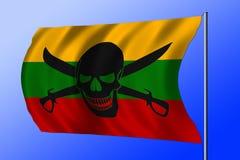 Bandiera di pirata d'ondeggiamento combinata con la bandiera lituana Immagini Stock