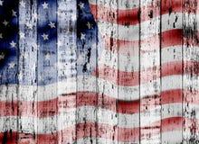 Bandiera di U.S.A. sul fondo di legno di lerciume Fotografie Stock