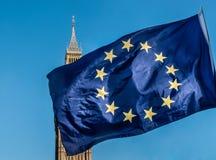 Bandiera di Unione Europea davanti a Big Ben, Brexit UE Fotografia Stock