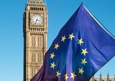 Bandiera di Unione Europea davanti a Big Ben, Brexit UE Immagine Stock Libera da Diritti