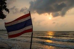 Bandiera e sole Fotografie Stock Libere da Diritti