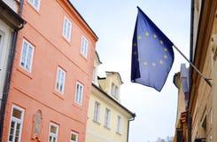 Bandiera europea sulla parte anteriore della costruzione Fotografia Stock