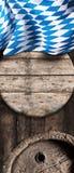 Bandiera nazionale bavarese con i barilotti di birra Fotografia Stock Libera da Diritti