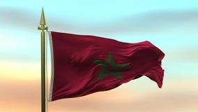 Bandiera nazionale del Marocco che ondeggia nel vento contro il ciclo senza cuciture del movimento lento del fondo del cielo di t video d archivio