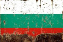 Bandiera nazionale della Bulgaria su struttura del metallo fotografie stock libere da diritti