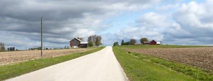 Bandiera panoramica della strada campestre dello stabilimento lattiero-caseario del Wisconsin Immagine Stock