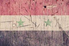Bandiera siriana dipinta su un bordo di legno stagionato Bandierina della Siria Priorità bassa astratta strutturata Fotografia Stock Libera da Diritti