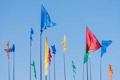 Bandiere colorate contro il cielo Immagine Stock Libera da Diritti